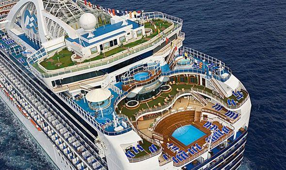 Владислав рассказывает о трудоустройстве на круизный лайнер Princess Cruises